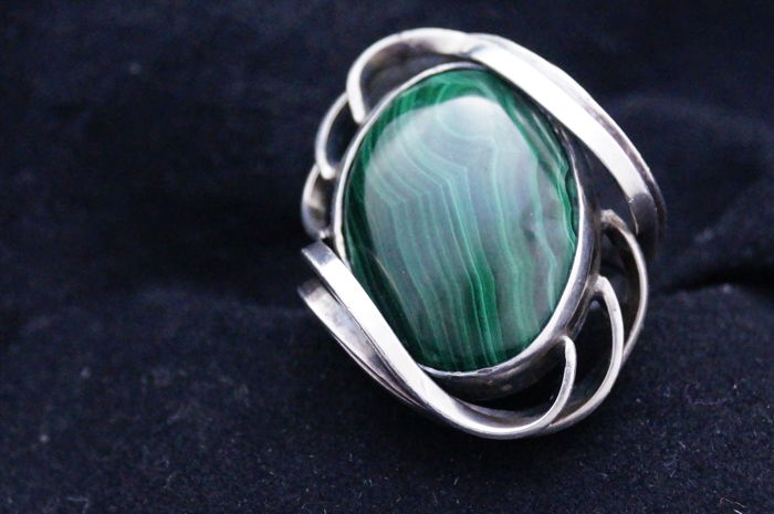 19th century silver ring with large malachite