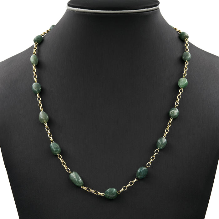 750/1000 (18 kt) yellow gold – Necklace – Emerald – Length: 60 cm (approx.)