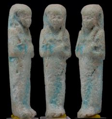 Egyptian nice blue faience Shabti - ca. 7,6 cm c. 2,99 inches