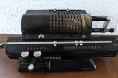 Original Odhner Arithmometer - mechanical calculator - Sweden -ca. 1935