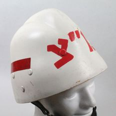 Israeli helmet in fibre of the Military Police.
