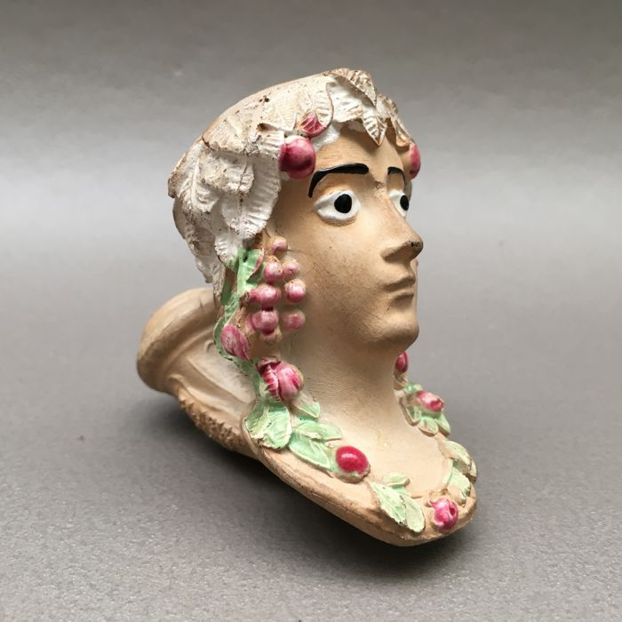 "Figural clay pipe by Gambier, ""Pomone"", model nr. 950- France, ca. 1850"
