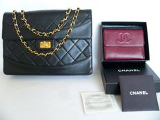 "Lot of 2: Chanel 2.55 single-flap ""Medium"" shoulder bag and Chanel tri-fold wallet - **No Reserve Price**"