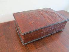 Leather cigar box with wooden interior and music box - Italy - 1950