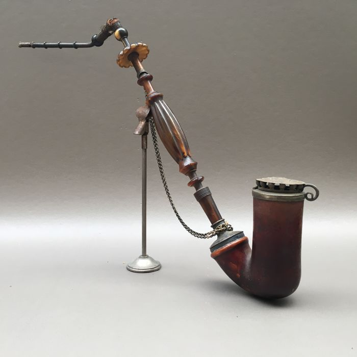Meerschaum pipe with silver fitments and horn stem - France, ca. 1880