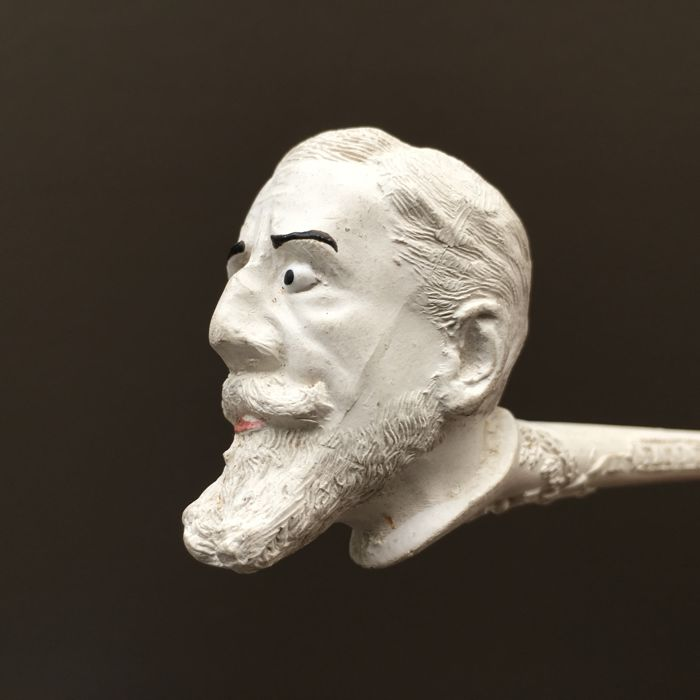 "Figural clay pipe by Gambier, ""Paul Deroulede"", model nr. 1642- France, ca. 1890"