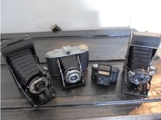 ensemble of cameras early 20th century