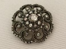 19th century gold and silver brooch with diamond