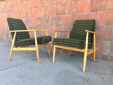 Two chairs, type 300-190 'Lisek' by Henryk Lis, manufactured by the Bystrzyckie Furniture Factories.