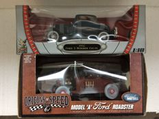 Yatming / Road Signature - Scale 1/18 - 1932 Ford 3 - Window Coupe and Highway 61  1929 Model A Ford Roadster