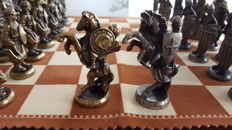 Moors and Christians, historical chess set from the Kingdom of Valencia