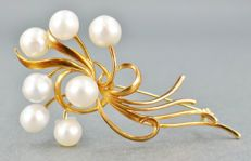 Signed MIKIMOTO 14kt Gold Genuine Akoya Pearl Brooch