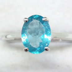 Authentic 1.80ct Paraiba Madagascan Apatite set in White gold Solitaire ring. Stylish and rare