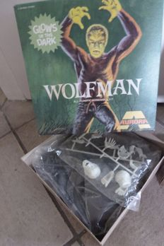 Wolfman - All Plastic Assembly Model Kit - Aurora Glow - no. 450 - 1972