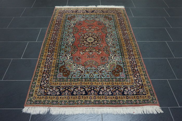 Oriental carpet 125 x 185 cm, Qom, wool with silk, made in Pakistan