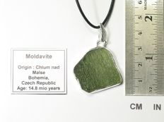Moldavite Tektite slice set in pendant - Sterling Silver - 34.5 x 31.5 x 5.6mm - 3.12gm