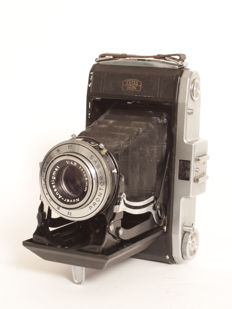 Zeiss Ikon Nettar 518/2 bellows camera