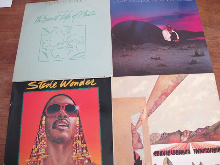 Great lot with 6 Albums of the great Stevie Wonder (2 doubles)