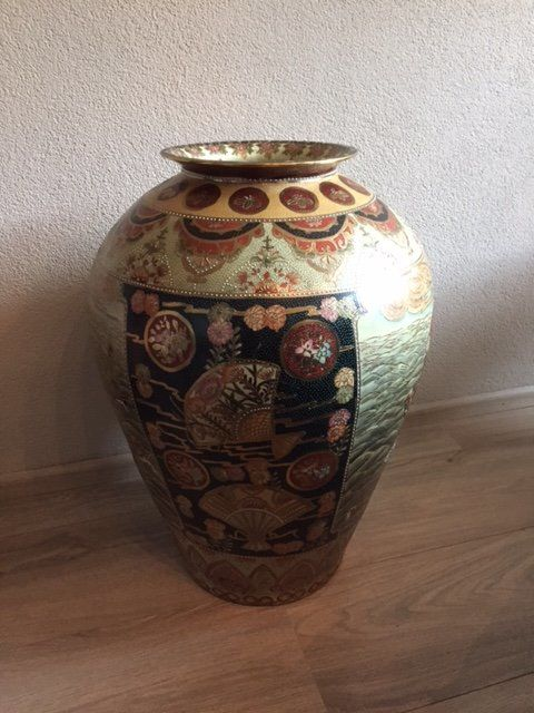 Large Vase, Satsuma style - China - 2nd half of 20th century
