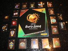 Panini - UEFA Euro 2004 Portugal - Original empty album + complete set of 334 stickers.