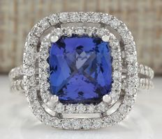 3.93 Carat Natural Tanzanite And Diamond Ring In 14K Solid White Gold - Ring Size: 7  *** Free shipping *** No reserve *** Free resizing