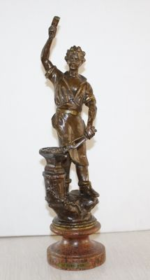 "Sculpture of a blacksmith ""Le Forgeron"" - France - ca. 1900"