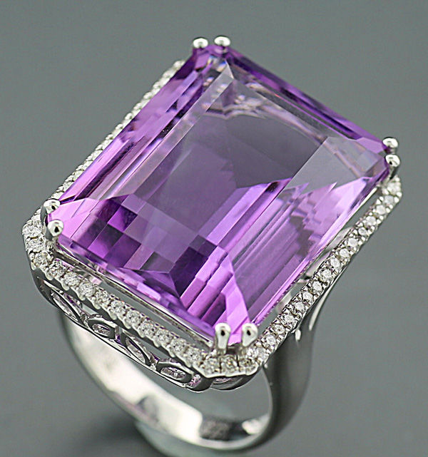 Amethyst brilliant ring total of 28.72 carat in 750 white gold *NO RESERVE*