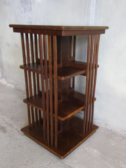 Beautiful revolving bookcase in walnut, second half 20th century