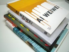 Ai Weiwei; Lot with 4 publications on modern and contemporary Chinese art, in particular Ai Weiwei - 1998 / 2015