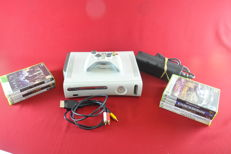 Microsoft xbox 360 80GB with 9 games
