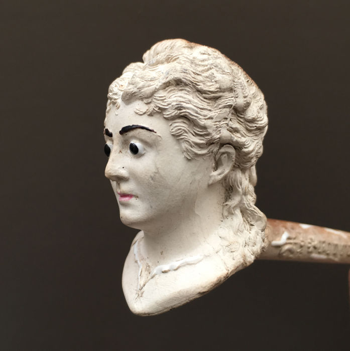 "Figural clay pipe by Gambier, ""Paul-Virginie, Ritter"", model nr. 1391- France, ca. 1890"