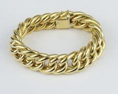 Round curb chain bracelet in 18 kt yellow gold, 40.8 g, 21.4 cm long, 19 mm wide, 8 mm thick