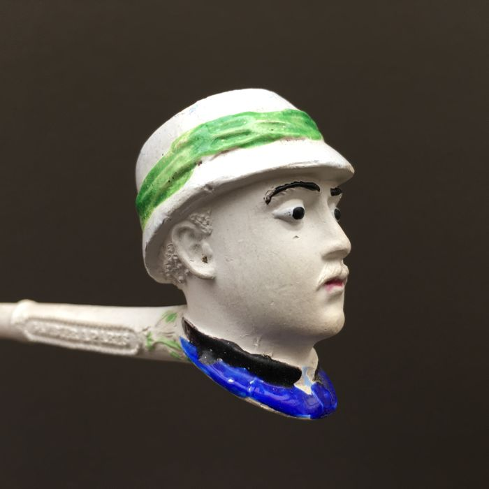 "Figural clay pipe by Gambier, ""Sergt. Bobillot"", model nr. 1477- France, ca. 1890"