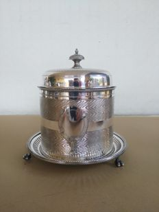 Nice and large silver plated biscuit box with lid and claw feet Deykin & Harrison 1895