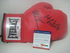 Everlast glove signed MIKE TYSON and EVANDER HOLYFIELD with STEINER Hologram + PSA / DNA COA