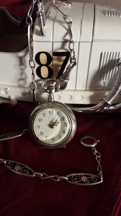 256ab8eff Vintage pocket watch, Swiss, mechanical in silver POCKET WATCH (WOMEN'S)  and its