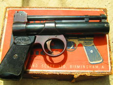 Webley Junior series 2 Air Gun in original box with pellets