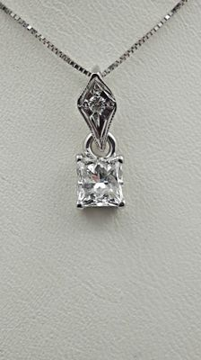 1.03 ct princess diamond pendant in 14 kt white gold - 44cm