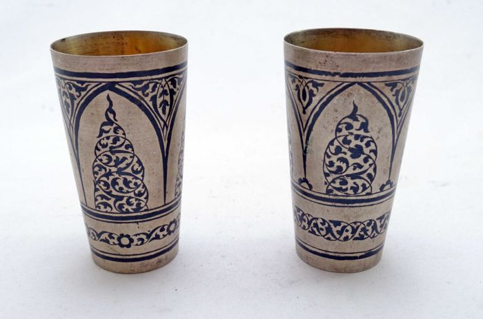 Vodka cups - 875 silver - Black Email - Niello - San Petersburg - Russia - ca. early 20th Century