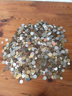 World - batch of various coins (almost 6 kilos)
