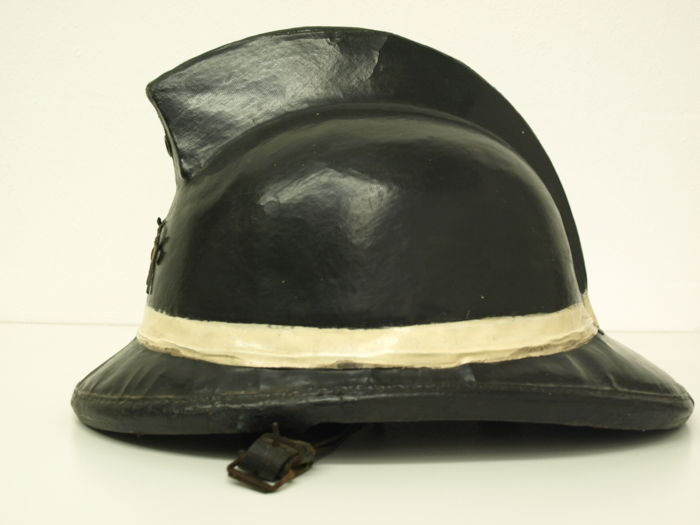 Fire helmet from 1918 - Manufacturer 'Levior' made in Belgium