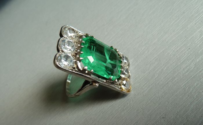 Vienna Secession - spectacular set ring in silver, from particular collection