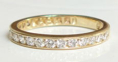 Ring in yellow gold set with diamonds - total weight of 0.75 ct, Ring size: 53 (16.8 mm).