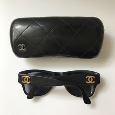 Chanel – Matte sunglasses - Unisex