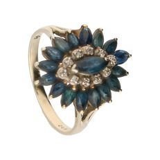 10k - Yellow gold ring set with 17 sapphires and 10 diamonds of approx. 0.05 ct in total - Ring size: 17.25 mm