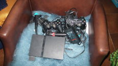 Lot: Playstation 2 with 2 controllers , Gameboy Color and Gameboy Advance