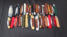 33 pocket knives - origin: 11 different countries