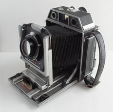 """Horseman 970: 6x9cm + 4 x 5 """" travel camera with adjustment possibility, with focusing screen and 4 x 5-back  and Horseman 1: 3.5/105 mm lens"""