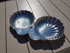 "Casserole dish with lid, or two large scallop-shell shaped plates, Christofle ""Fleuron de France"" line"