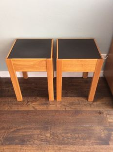 Berlage – two oak stools